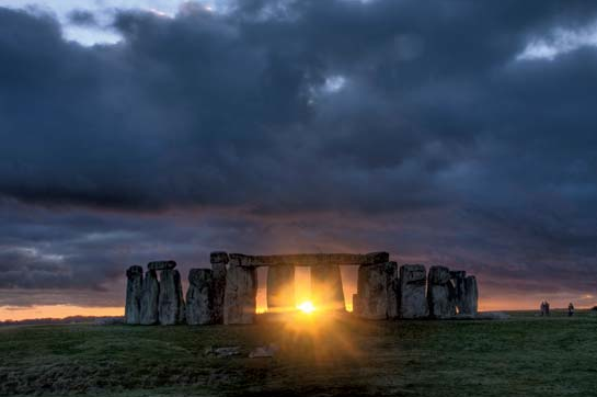 Stonehenge photo by Stonehengetours.com